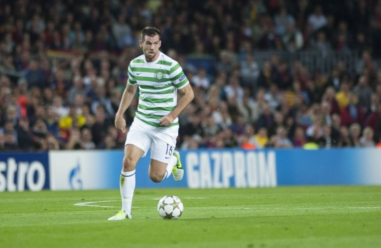 Former Celtic favourite set for return to football with EFL League Two
