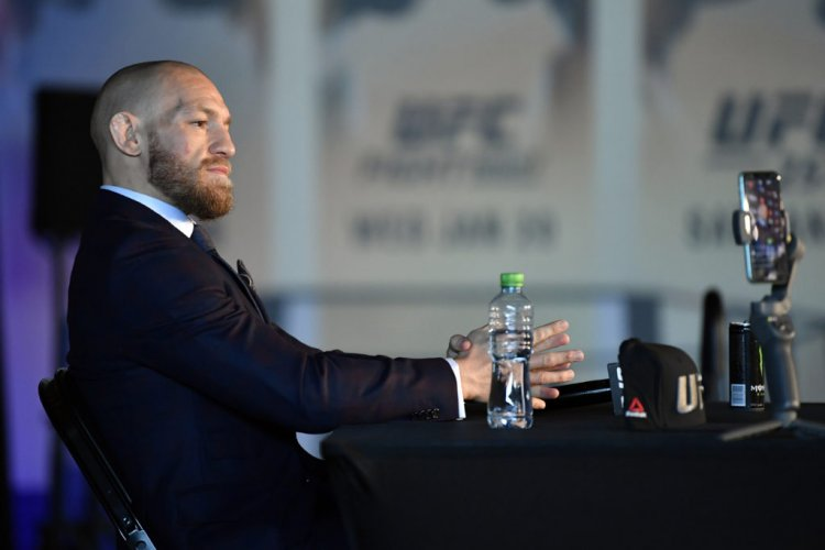 Conor McGregor Celtic chat prompts huge online reaction; how much he is worth and what it means - 67 Hail Hail