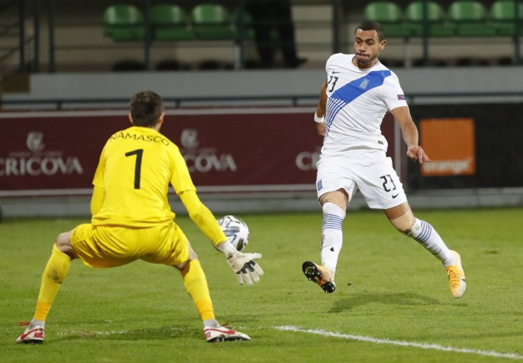 Definitely- Ange reveals when Celtic fans will see Giakoumakis