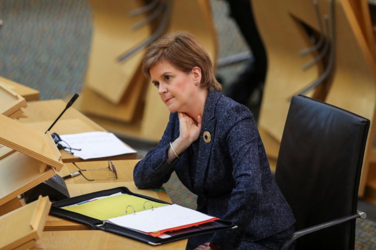 """""""Disgraceful and Selfish""""; Nicola Sturgeon lays into rivals with Celtic Park Glasgow Derby in sharp focus - 67 Hail Hail"""