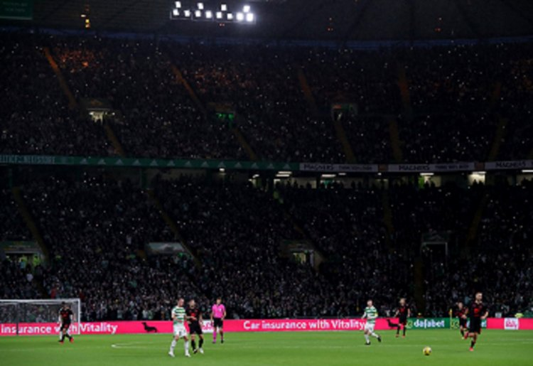 """""""One of the best places to play"""" - Former World Player of The Year on Parkhead European nights"""